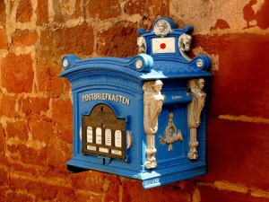 mailbox-341744 _ 1280 small